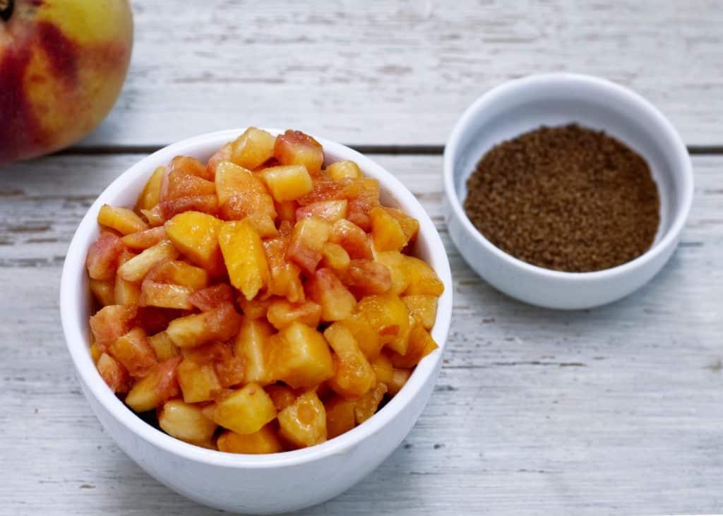 Peach Jam (paleo friendly) | kickassbaker.com #peaches #peachjam #paleo #paleofriendly #summerrecipes #stonefruitrecipes #easyrecipes #kickassbaker