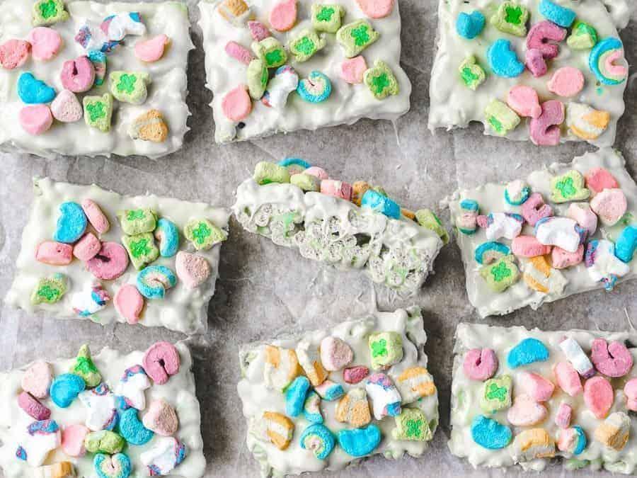 St. Patty's Day Lucky Charms Treats | kickassbaker.com #stpattysday #stpatricksday #treats #green #easyrecipes #kidfriendly #luckycharms #cerealtreats #ricekrispietreats #kickassbaker