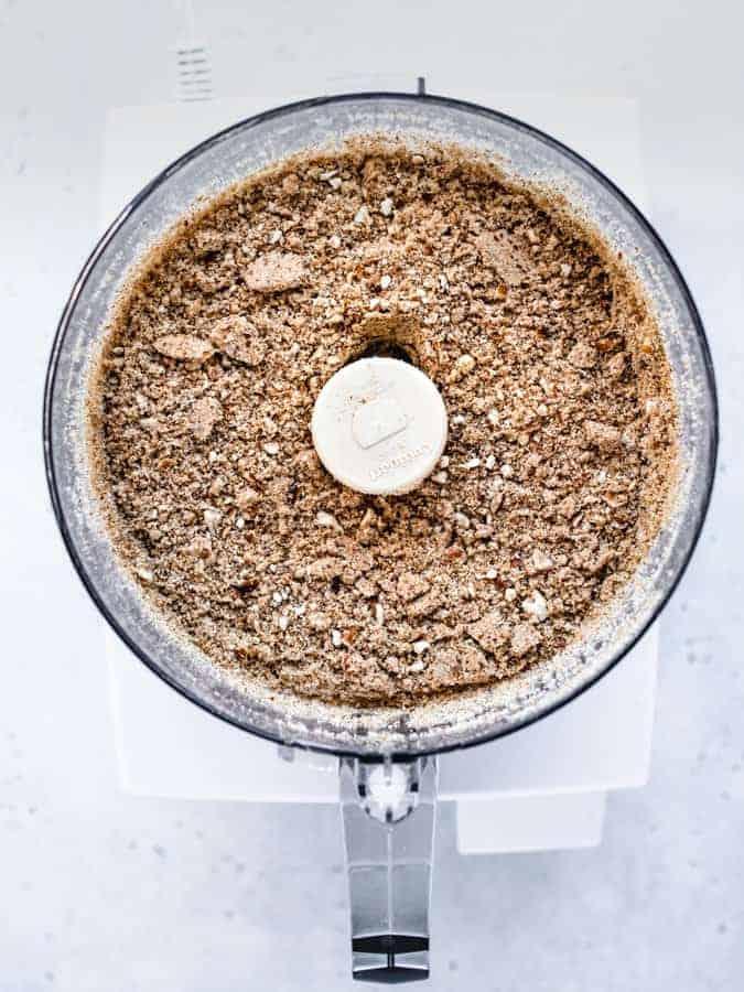 Making pretzel crust in food processor