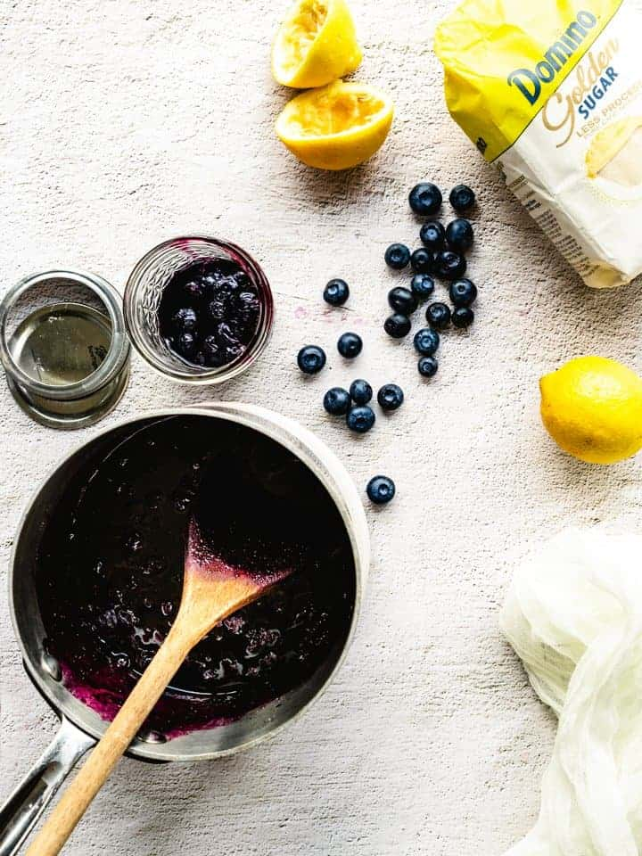 preparing blueberry jam
