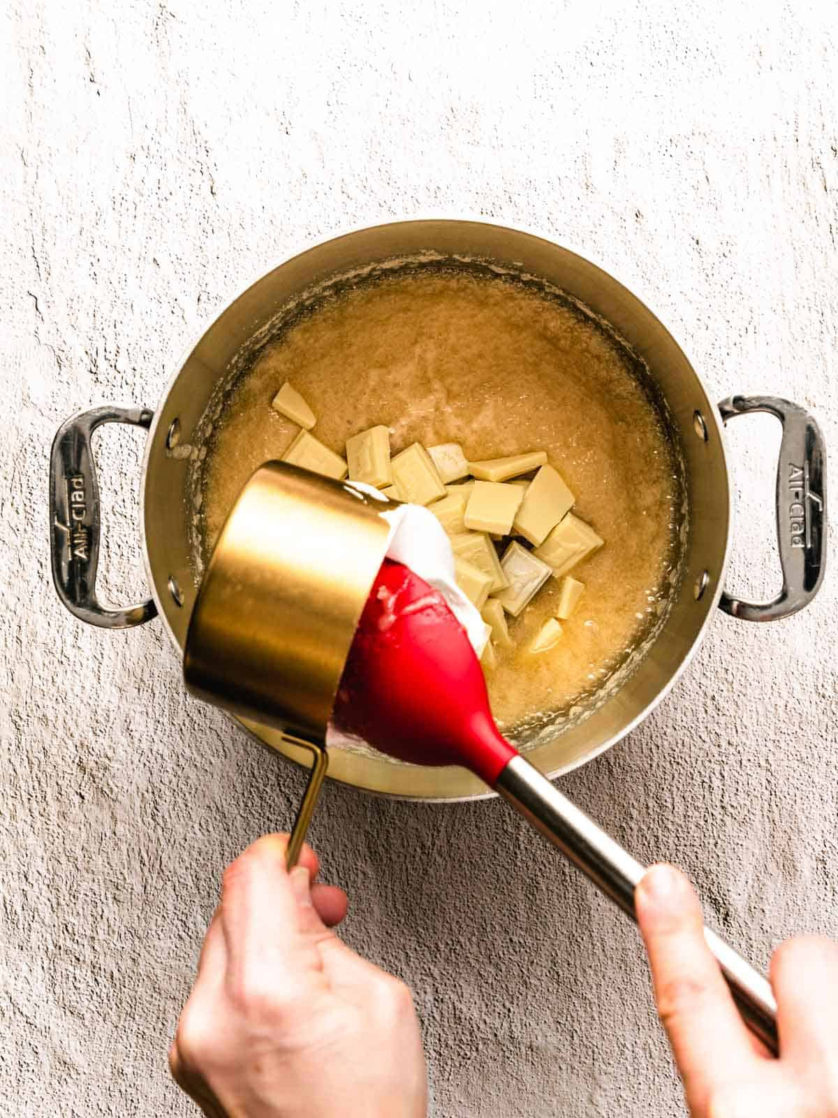 how to make white chocolate peppermint fudge step 4