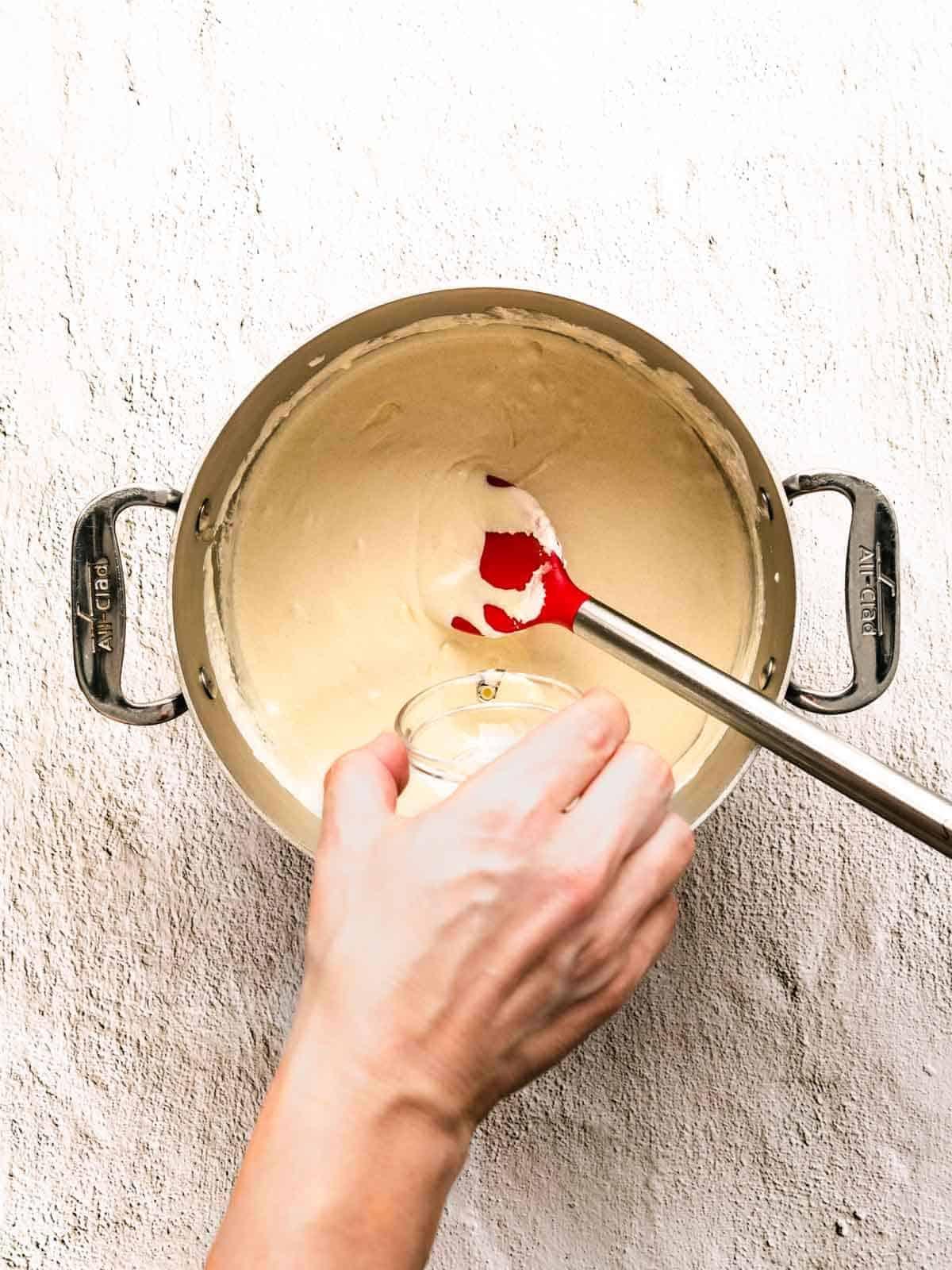how to make white chocolate peppermint fudge step 6