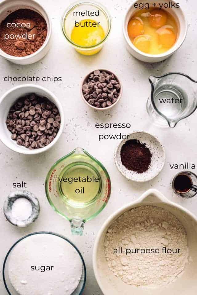ingredients needed to make chewy brownies w labels