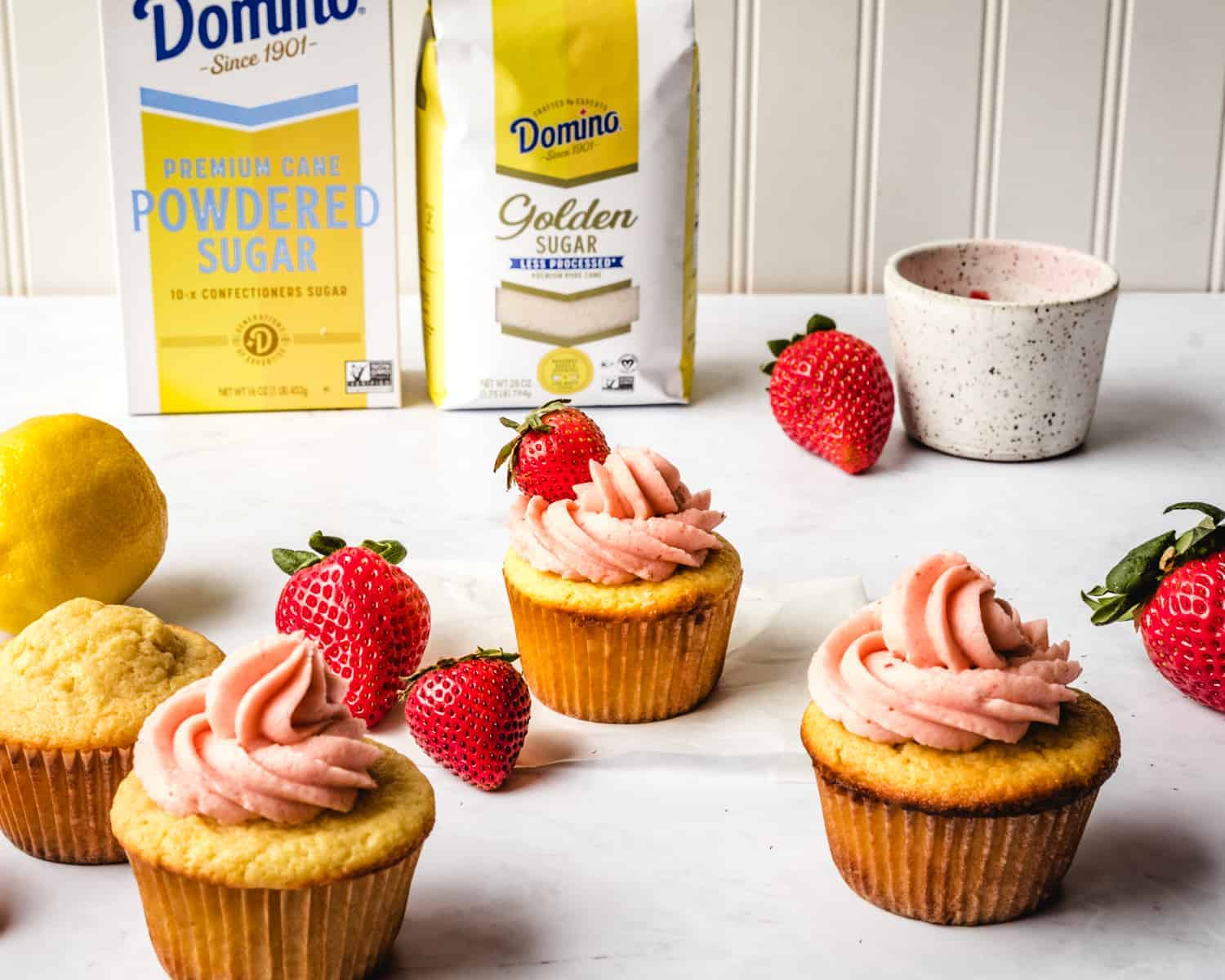 cupcakes and strawberries