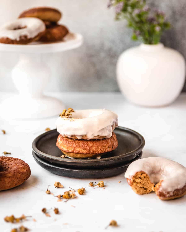 baked donuts with vanilla glaze